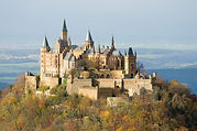 1200px-Burg_Hohenzollern_ak.jpg