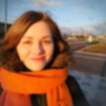 Maria Kämppi, pianisti, piano-opettaja, soitonopetus, soitonopetusta Taavinkylän koululla