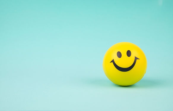 smiley-face-ball-background-sweet-retro-