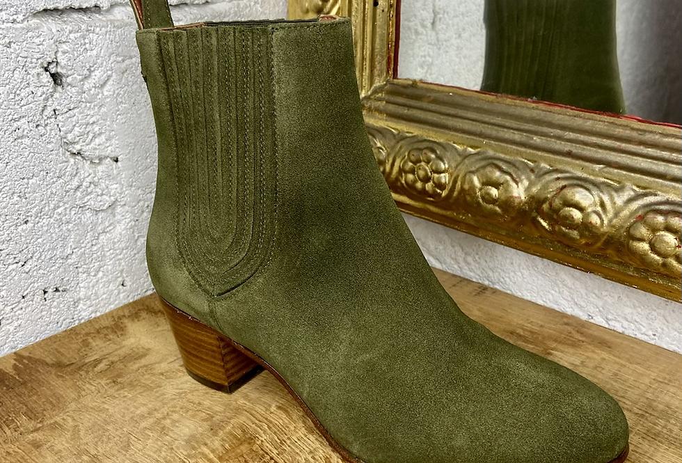 ÊTRE AMIS • Boots