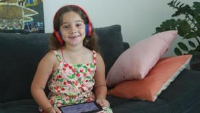 O YouTube influencia o jeito de falar da minha filha