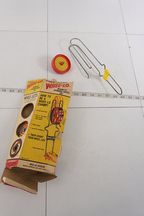 1960s Whee - Lo Magnetic Spinning Wheel Toy - Original Box