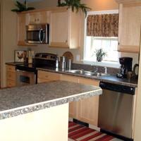 2_kitchen.jpg