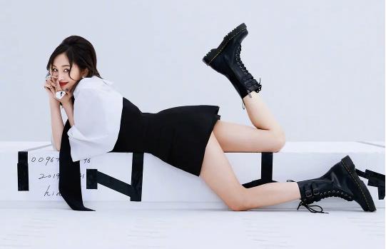 Xiao Wu Rocket girl 101