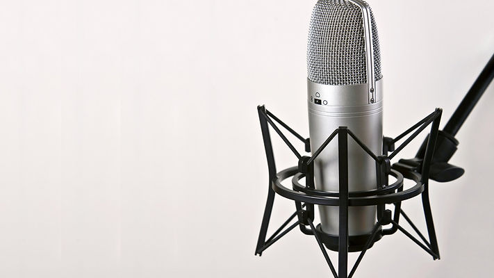1064-microphone-artistic-wallpaper-wallp