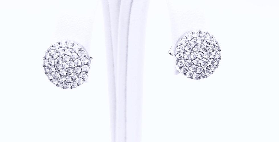 14 krt. Witgouden oorknoppen ronde vorm, plat, volgezet met diamant