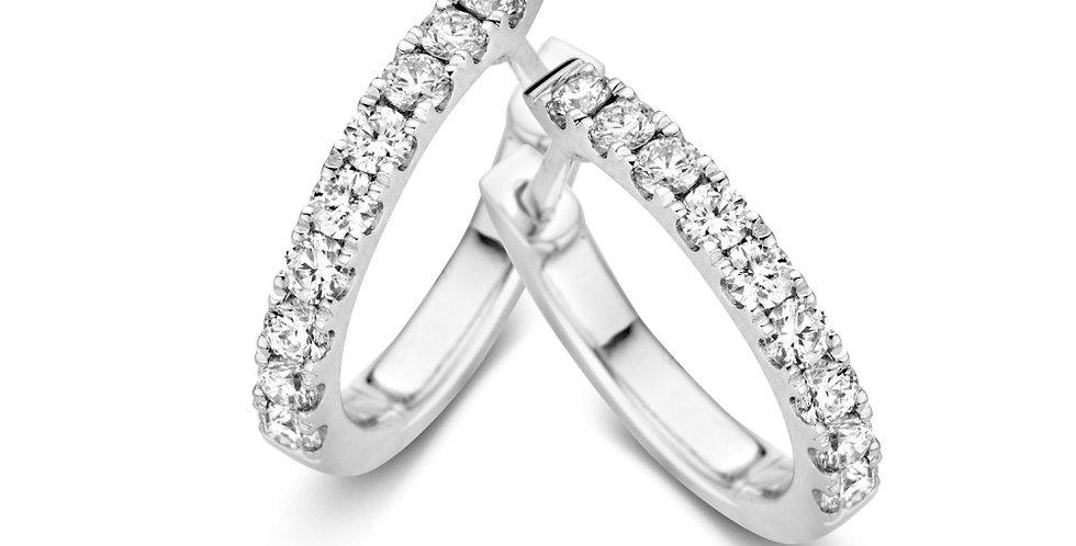Witgouden klapoorringen met briljant geslepen diamanten