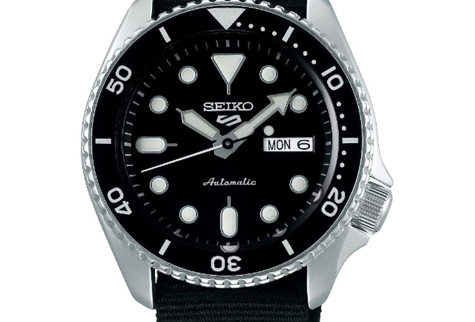 Seiko 5 Sports Automatic herenhorloge (SRPD55K3)