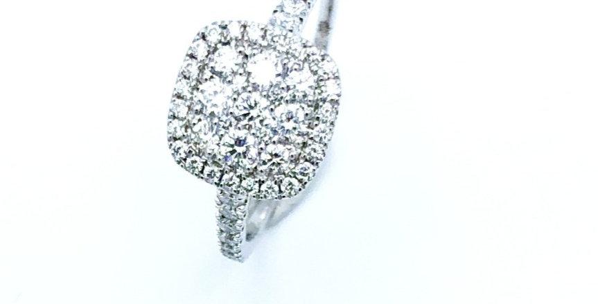 14 krt. Witgouden ring volgezet met briljant geslepen diamant