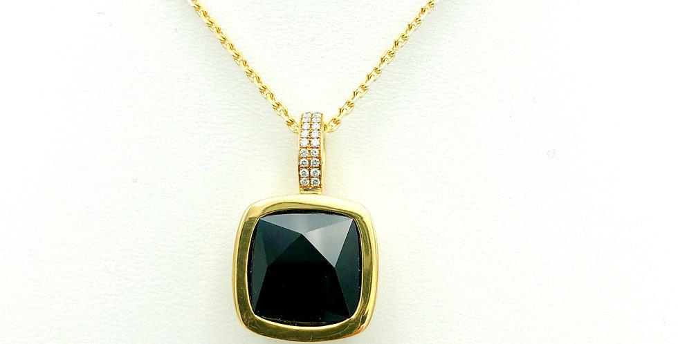 18 krt. Geelgouden hanger met zwarte onyx en diamant
