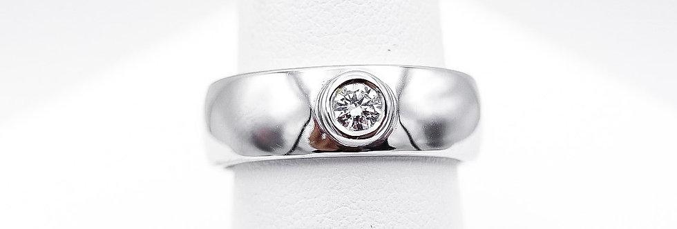 14 krt. Witgouden ring met briljant geslepen diamant