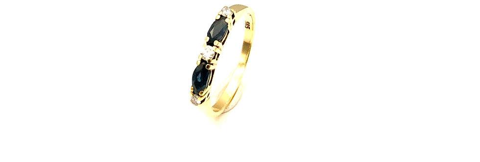 14 krt. Geelgouden alliance ring met  2 donkerblauwe saffieren en 3 diamanten