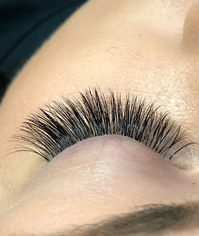 Lashes by Lynsey 7-2.jpg