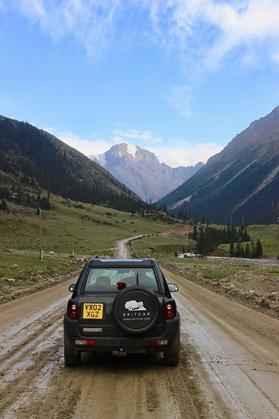 Land Rover Freelander in the Mountains