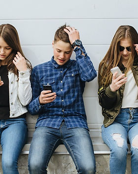 tween-and-teen-cell-phone-addiction-FB-2