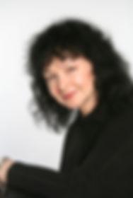 Комарова Нина, директор киношколы Лестница