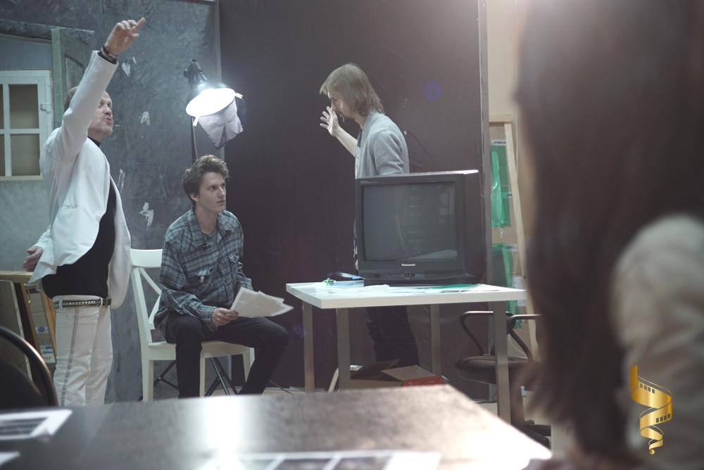 Павильон в киношколе Лестница