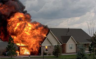 Il fuoco non è amico di casa tua, leggi e tutelati!
