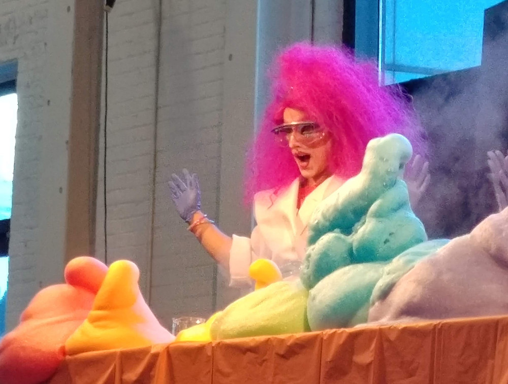 Elephant's Toothpaste experiment at OMSI Pride event