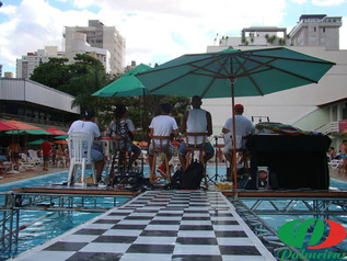 Pool Party + Panelão + Saúde no clube, só poderia ser um sucesso !