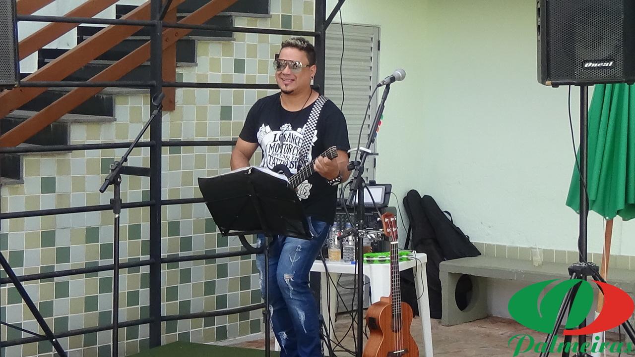 Cantor Paulinho