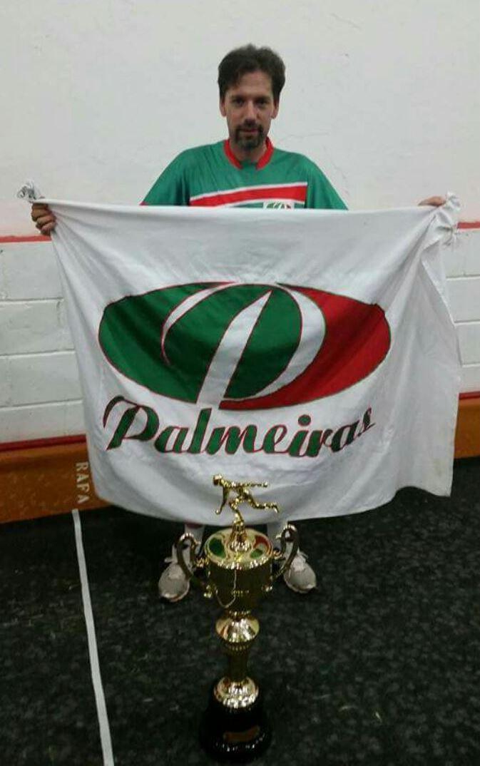 Sócio do Clube Palmeiras Bh  - André Backes