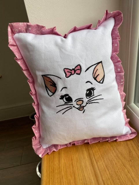 Aristocats Marie embroidered cushion