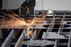 The fiber laser cutting machine cutting