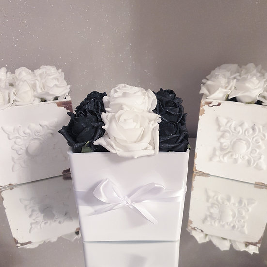 Fragranced Forever Flowers Cube White and Black