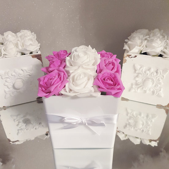 Fragranced Forever Flowers Cube White and Fuchsia