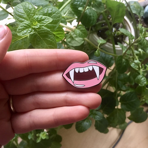 Fangs Pin