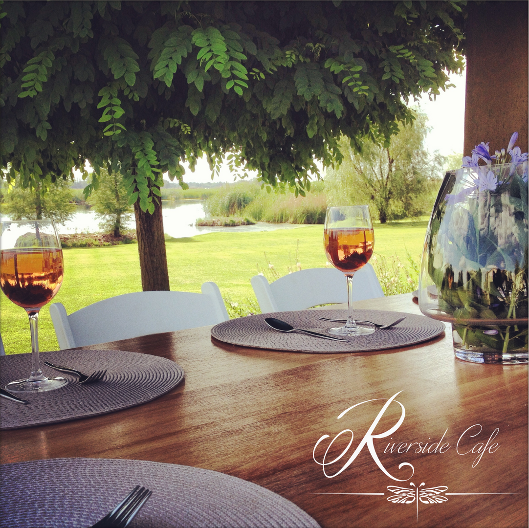 Riverside Cafe Table.png