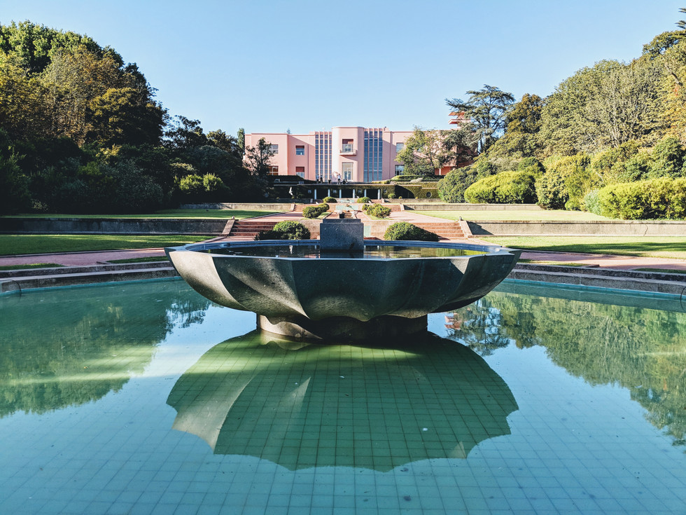 Portugal, Porto Serralves sculpture garden