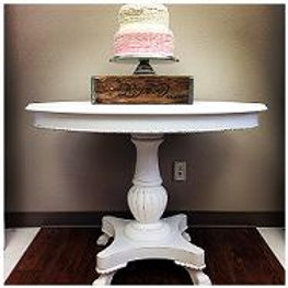 Antique white oval table