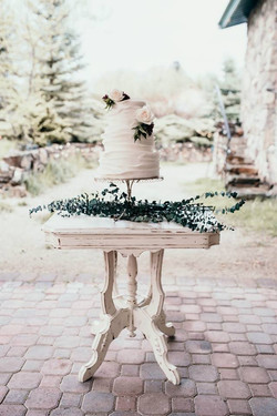 Vintage tables-cake stand