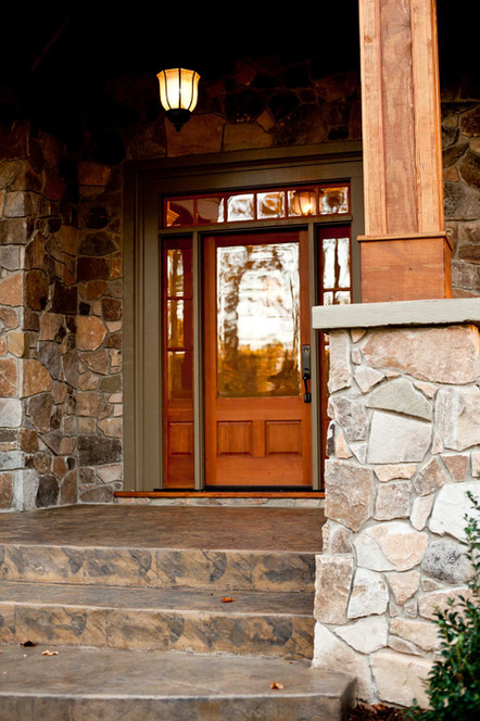 AC 121 - Entrance.jpg