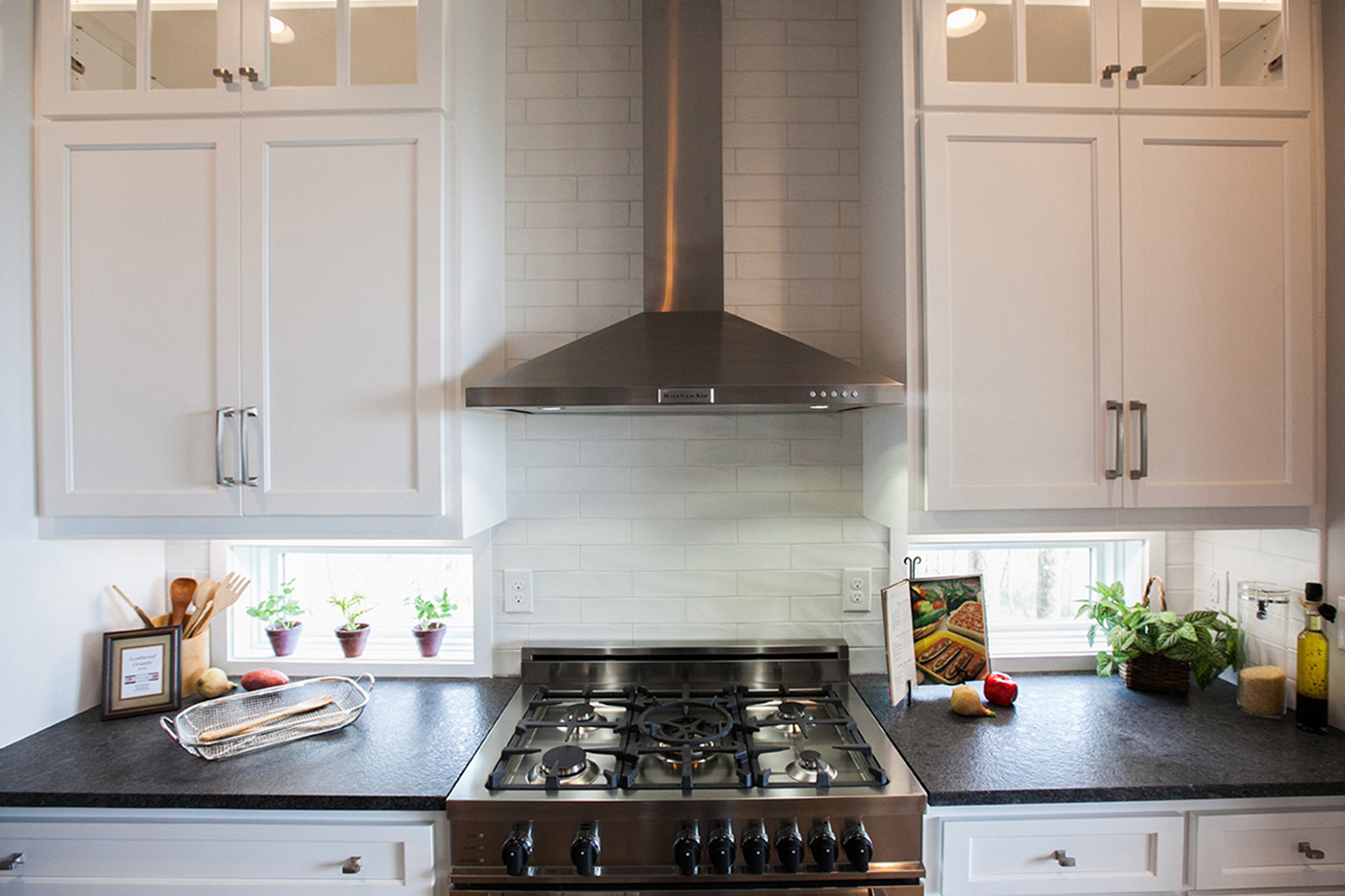 Kitchen Range_WEB.jpg