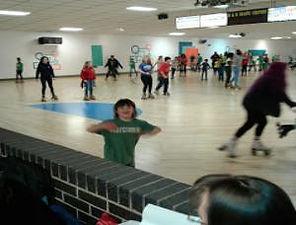 B_D_skaters_2-300x228.jpg