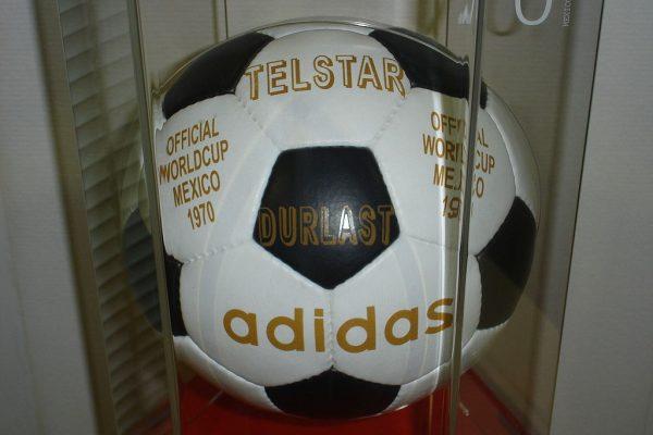 Orjinal Futbol Topu Modeli