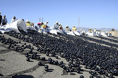 Amerika'nın Su Sorununa Plastik Top Çözümü!