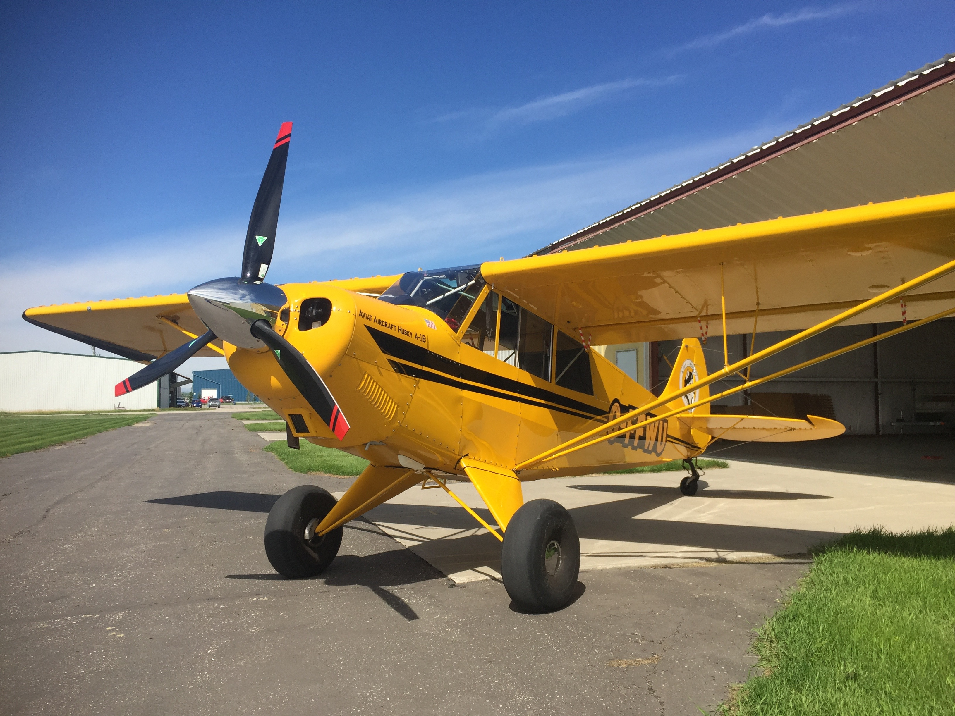 Husky A1B 180 C-FFWU