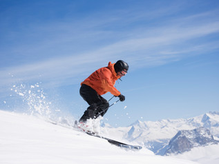 Skiing this Winter? Try these 3 Exercises to Prevent Knee Injuries