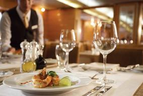 silversea-ship-silver-galapagos-dining-t