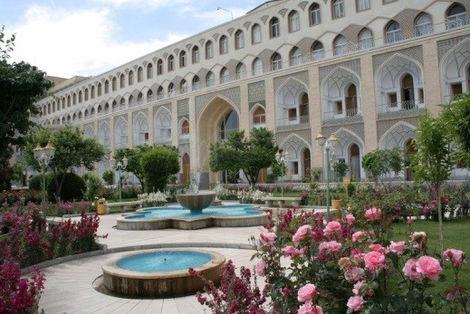 ira 17 - Hotel Abassi - Isfahan.jpg