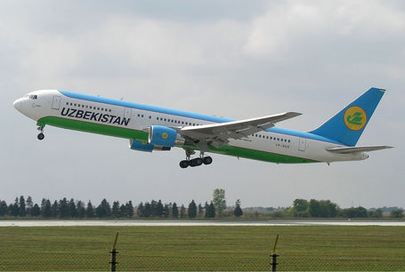 uzbequistao 2 - Uzbequistan Airways Boei