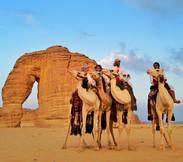 03.Elephant_Rock-Al_Ula-Com_camelos-Patr
