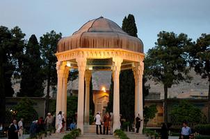Shiraz-Mausoléu-dos-Poetas-Saadi-e-Hafez