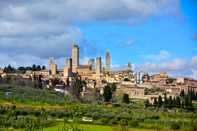 San Gimignano-Toscana.jpeg