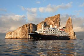 silversea-luxury-cruise-silver-galapagos