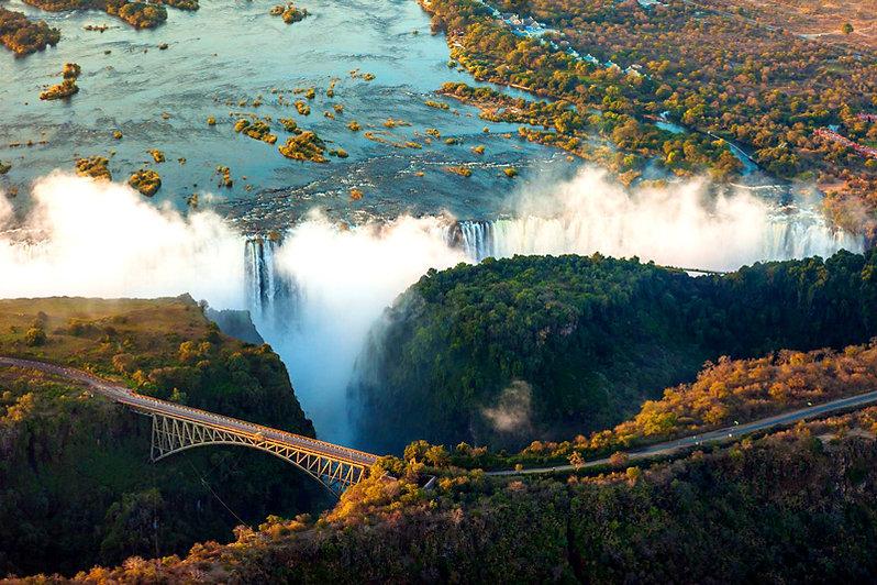 África-Reveillon---home.jpg